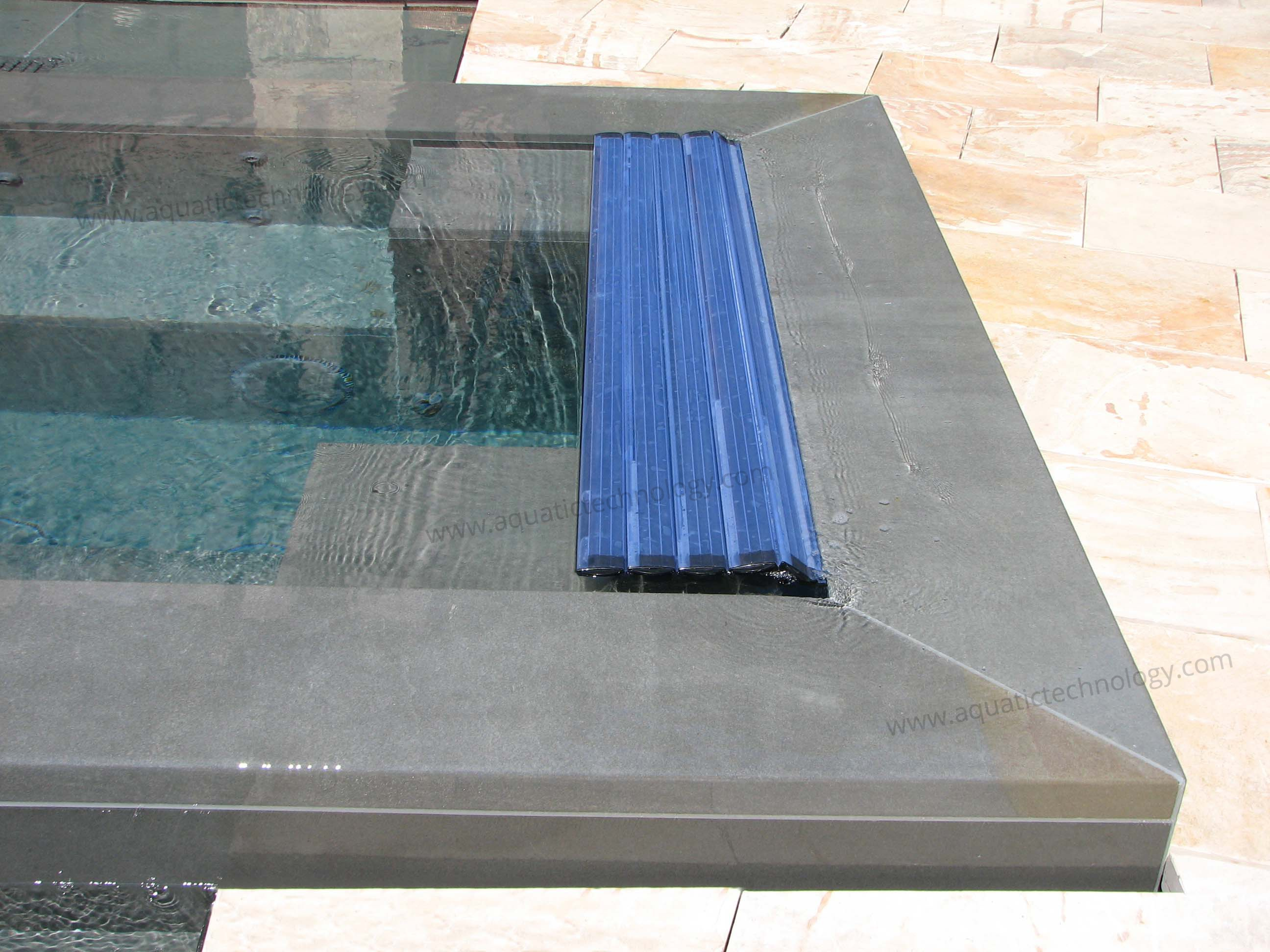 Concealed floating slat spa cover